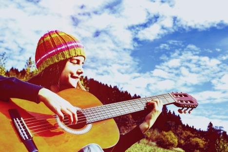 modern-music-studio_guitar-lessons-kid.jpg